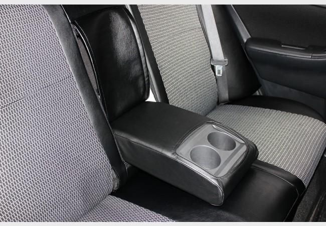 Защита салона авто. Модельные чехлы на автомобили