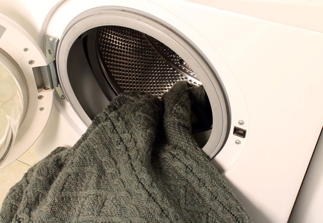 Химчистка одежды и прачечная в Санкт-Петербурге — Clean Expert