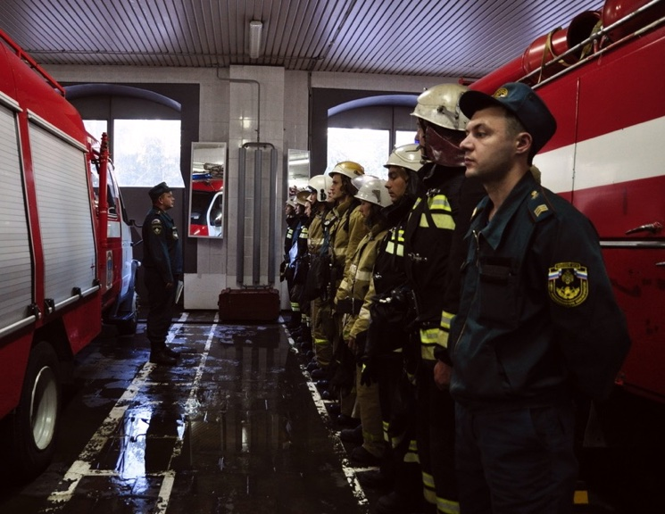 Смена караулов в пожарной части