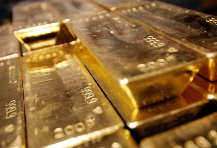 Золотые слитки 999,9 пробы
